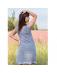 Zmysłowa sukienka z siatki, delikatnie prześwitująca